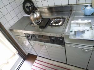 キッチン前2