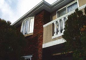 外壁ビフォー1